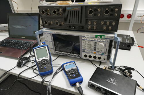 Pomiar parametrów akustycznych komory bezechowej