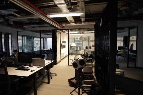 Pomiar parametrów akustycznych w biurze