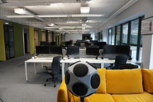 Pomiar akustyki przestrzeni biura