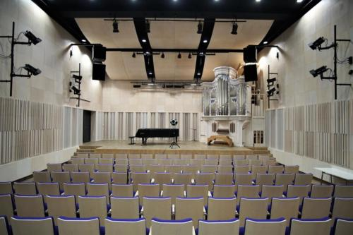 Pomiar akustyki sali koncertowej